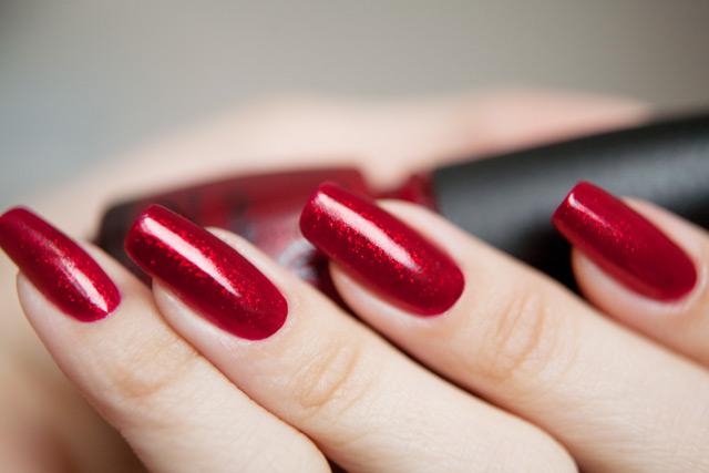 http://nails.annagorelova.com/wp-content/uploads/2012/02/china_glaze_ruby_pumps_06.jpg