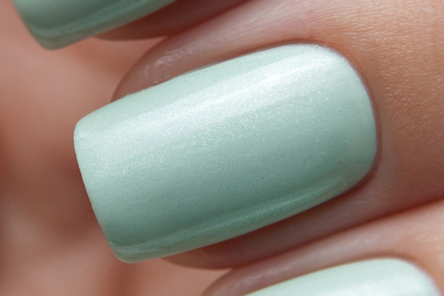 China Glaze Keep Calm Paint On 1146