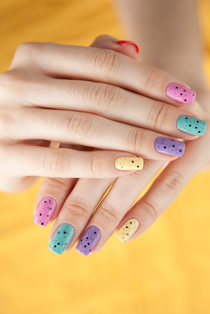 multicolored_manicure_10