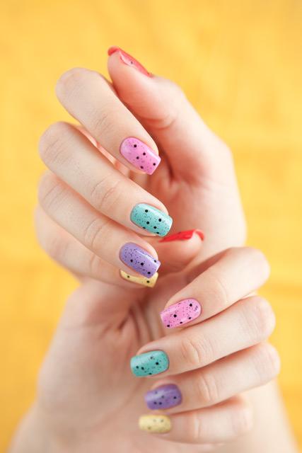 multicolored_manicure_11