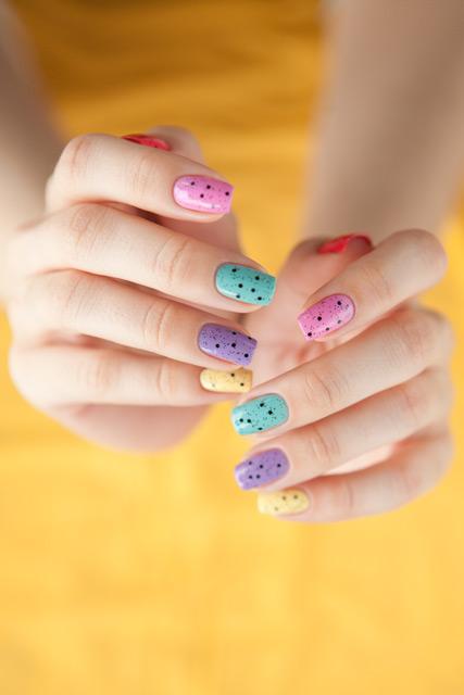 multicolored_manicure_12