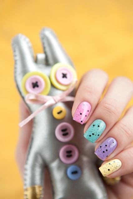 multicolored_manicure_13