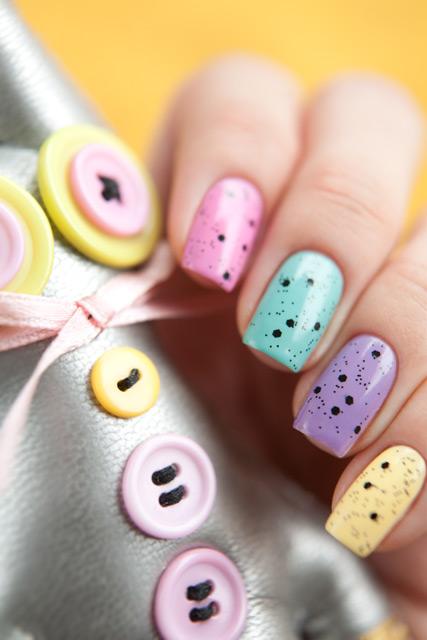 multicolored_manicure_14