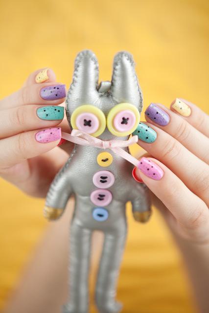 multicolored_manicure_4