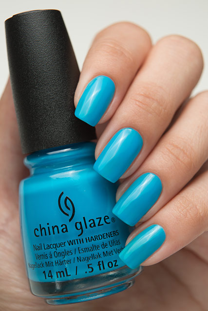 China Glaze 82606 Dj Blue My Mind