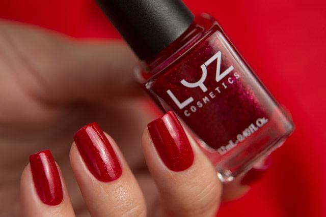 LYZ Cosmetics Poetic