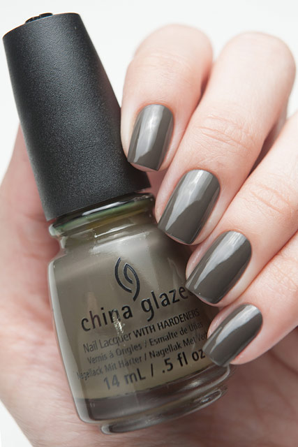 China Glaze 1320 Don't Get Derailed