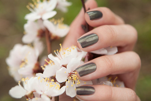 China_Glaze_1321_Choo-Choo_Choose_You_07