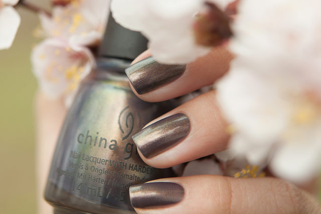 China_Glaze_1321_Choo-Choo_Choose_You_09