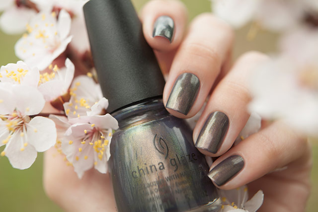 China_Glaze_1321_Choo-Choo_Choose_You_10