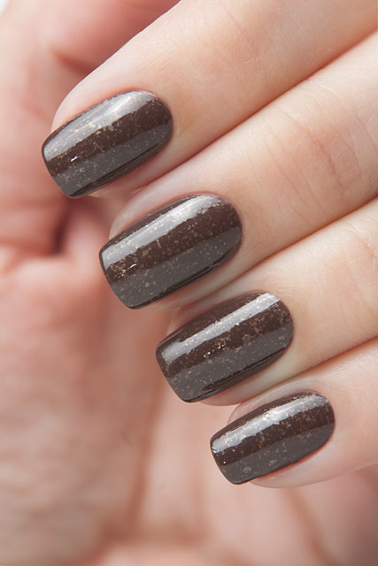 China Glaze 1325 Lug Your Designer Baggage