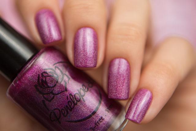 Penelope Luz Desert Rose