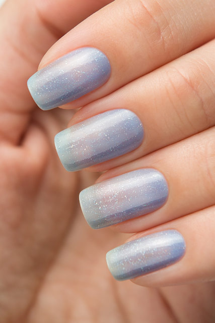 Bow Nail Polish Thermo Top Coat Blue   Conversion collection