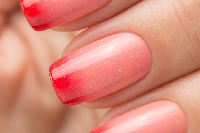 Bow Nail Polish Thermo Top Coat Red   Conversion collection