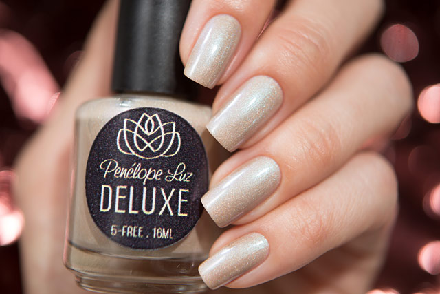 Penelope Luz Pearly Tears | Deluxe collection