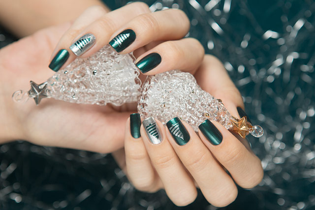 Avon_Emerald_Diamond_09