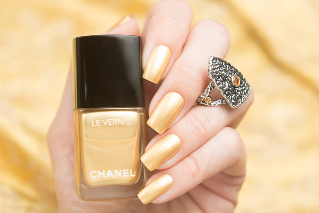 Chanel_Chaine_Or_12