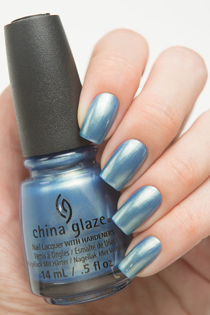 China_Glaze_83785_Joy_To_The_Waves_01