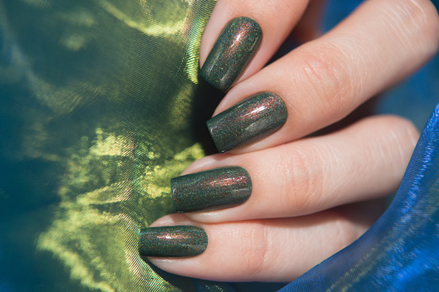 Wild Crocodile | Moo Moo's Signatures Shimmer Paradise collection