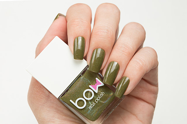 Unreality Show | Bow Nail Polish