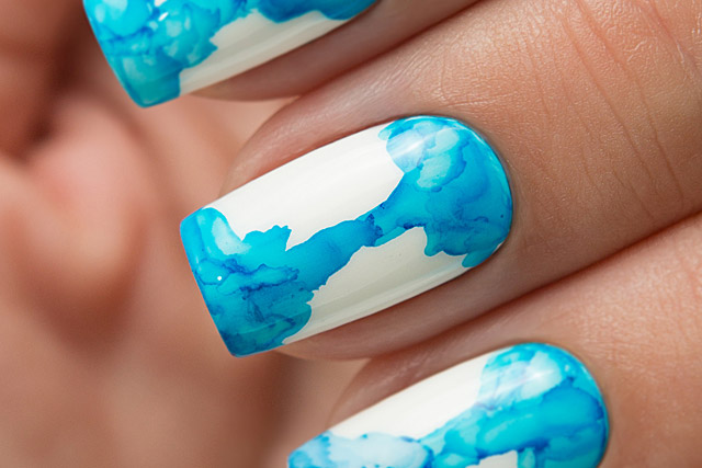04 Sky Blue | Dance Legend Gel Polish Aquarelle Drops collection