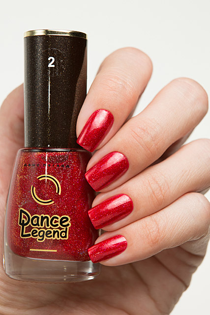 02 Armed to the Wreath | Dance Legend Poinsettia collection
