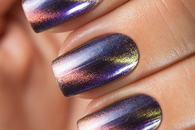 Fortune Teller | Bow Nail Polish Magnetic Fall 2019 collection