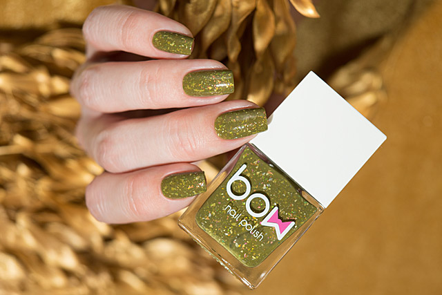 Breaking Walls | Bow Nail Polish