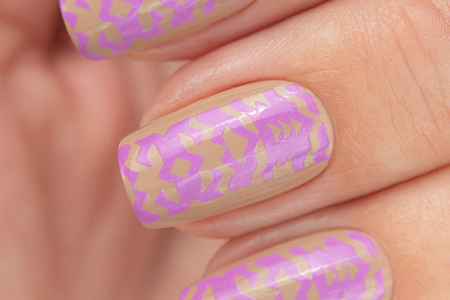 Stamping White/Violet | Bow Nail Polish